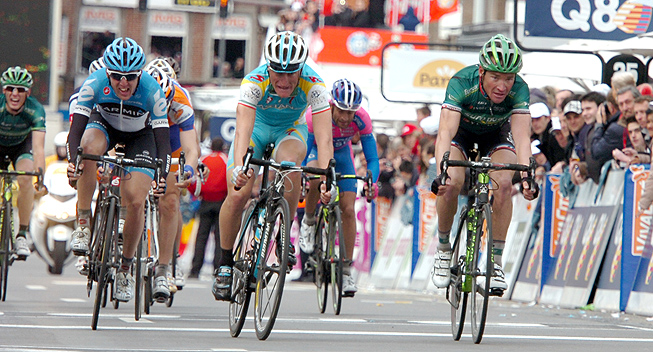LBL2012 Enrico Gasparotto  Thomas Voeckler spurt