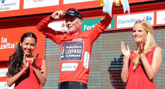 Vuelta 2013 3 etape Chris Horner i foerertroejen