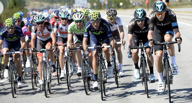 Vuelta 2013 3 etape Team Sky arbejder