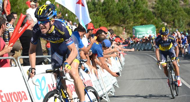 Vuelta 2013 3 etape hovedfeltets spurt Chris Anker Sorensen og Oliver Zaugg