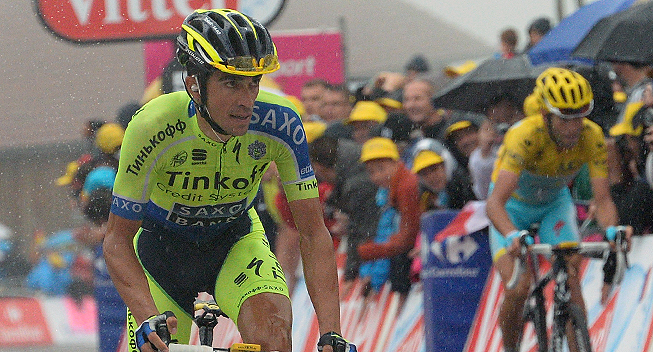 Photo: Alberto Contador traveled to Madrid hoping to recover in time to take the start in the Vuelta a Espa�a, although everyone in the Tinkoff-Saxo team are aware of how hard it will be to be fully competitive in just 40 days....