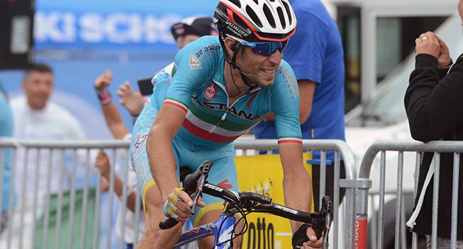 Nibali slået af erfaren italiener