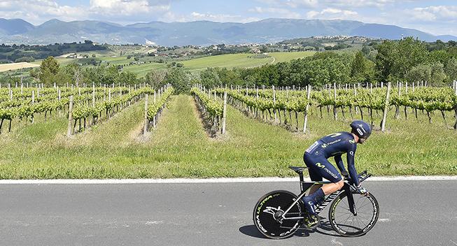 Giro2017 10 etape ITT Movistar rytter panorama