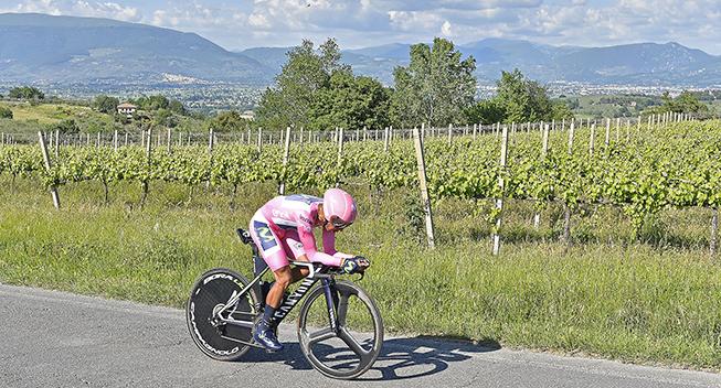 Giro2017 10 etape ITT Nairo Quintana panorama