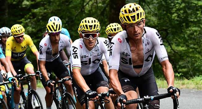 TdF2017 12 etape Team Sky arbejder Vasil Kiryienka og Michal Kwiatkowski i front