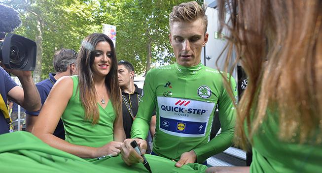 TdF2017 13 etape Marcel Kittel signerer trojer