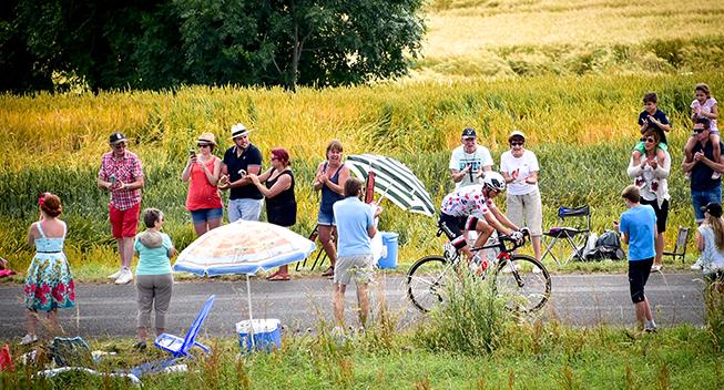 TdF2017 15 etape Warren Barguil med cykelfans