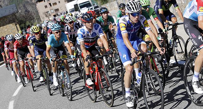 Vuelta 2017 3 etape feltet opad