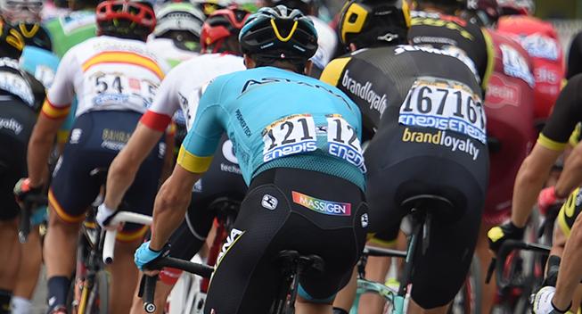TdF2018 21 etape Jakob Fuglsang i feltet bagfra