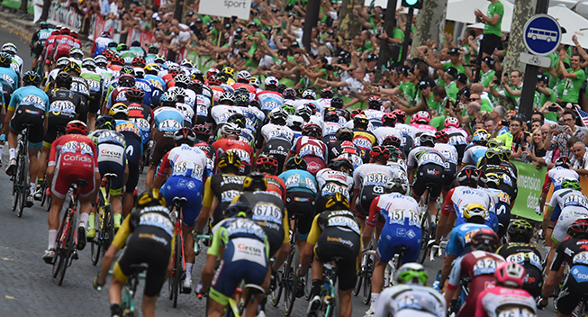 TdF2018 21 etape peloton bagfra - Champs-Elysees