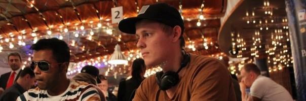 Frei Dilling-Kjær satte kæmpe chiplead over styr på WCOOP-finalebord
