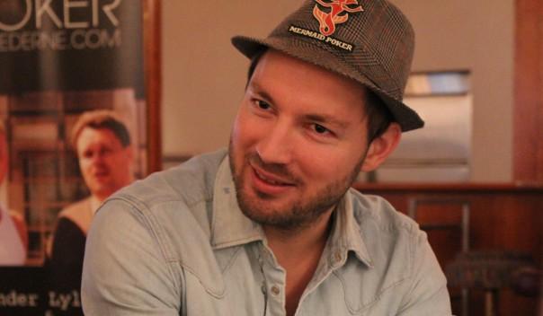 Dansk onlineverdensmester venter med Ivey