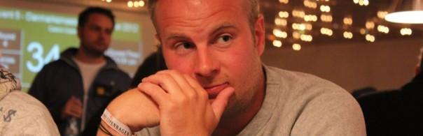 DM i poker: Uffe Holm er chipleader