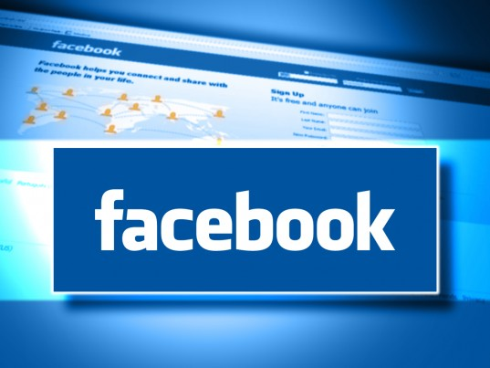 Facebook vil udbyde real money poker