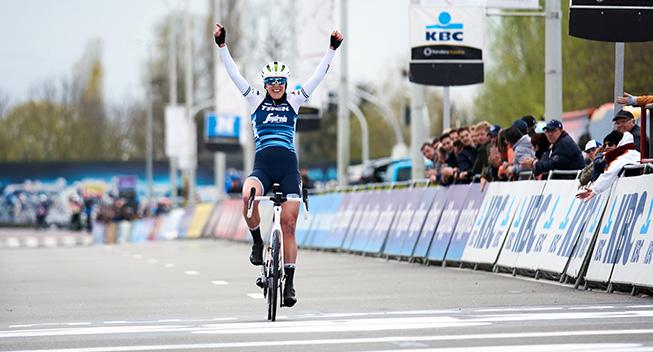 Trek-tempomaskine vinder prolog i Belgien