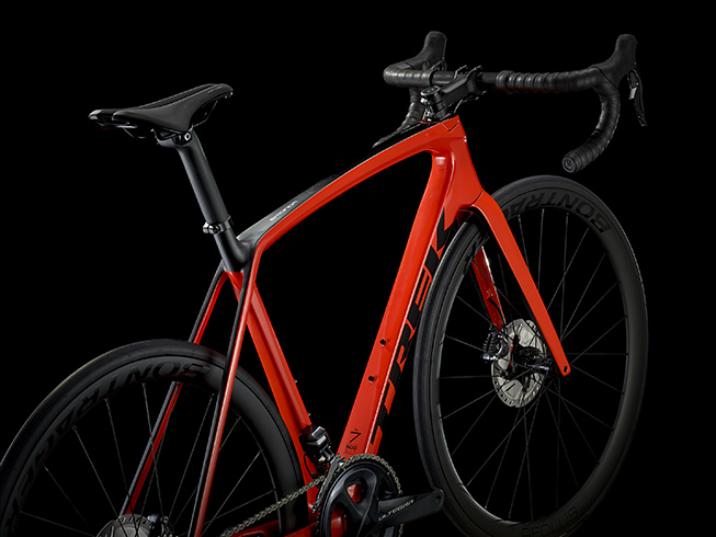Trek_Emonda_SL7_Disc