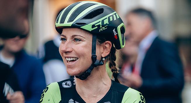 Annemiek Van Vleuten forlænger karrieren med to år