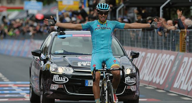 Giro-Feber: Ukuelige Landa angriber favoritterne i stykker