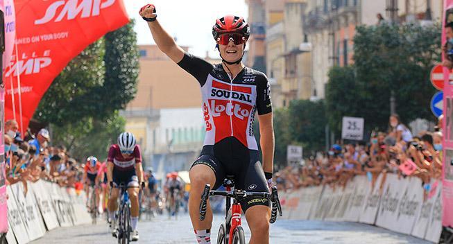 Medie: Giro Rosa-etapvinder på vej til CCC-Liv