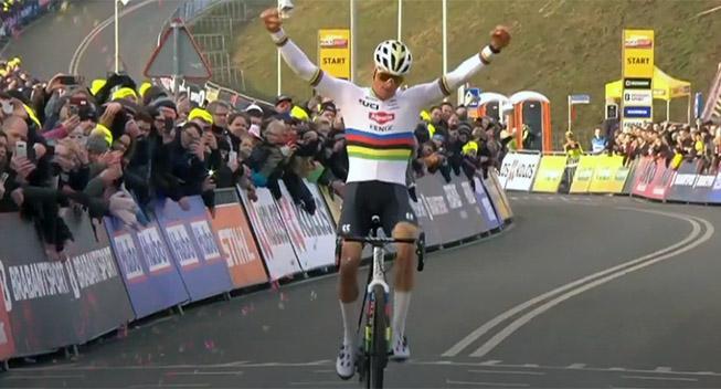 Van der Poel vandt i World Cuppen, men ikke samlet