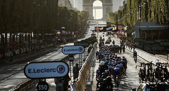 UCI melder klart ud: Vi fordømmer Groenewegens kørsel