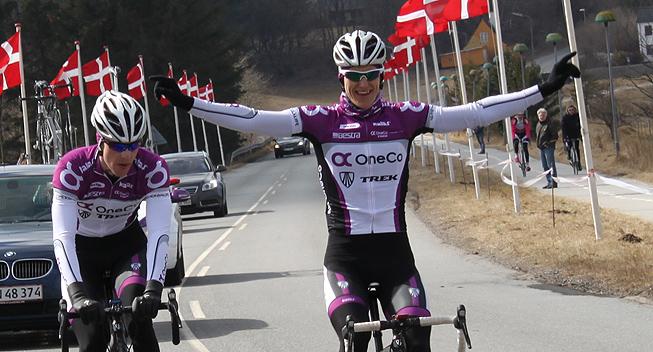 www.feltet.dk/octo_cms/files/Feltet.dk/Billeder/2013/Dansk_lob/Hjoerring/OneCo_CC_Cycling_Krister_Hagen_jubler.jpg