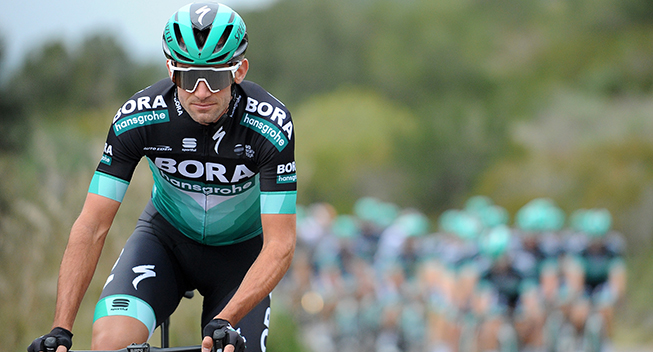 Bora-Hansgrohe-rytter stopper karrieren efter styrt