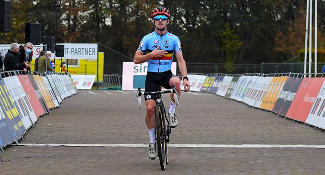 Iserbyt sejrer i Kortrijk