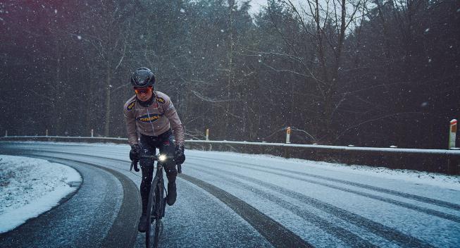Jesper Hansen debuterer for Riwal: Vi skal angribe cykelløbet