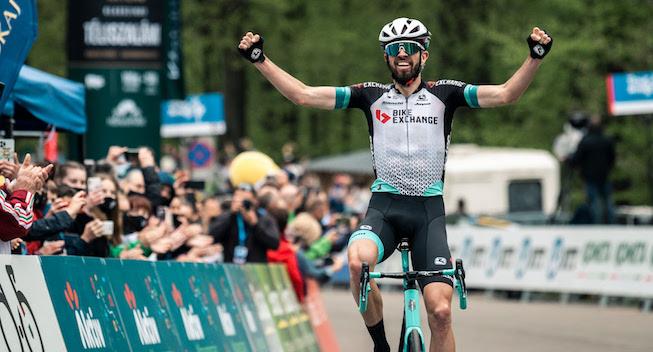 Stor australsk triumf: BikeExchange sikrer både sejr og førertrøje