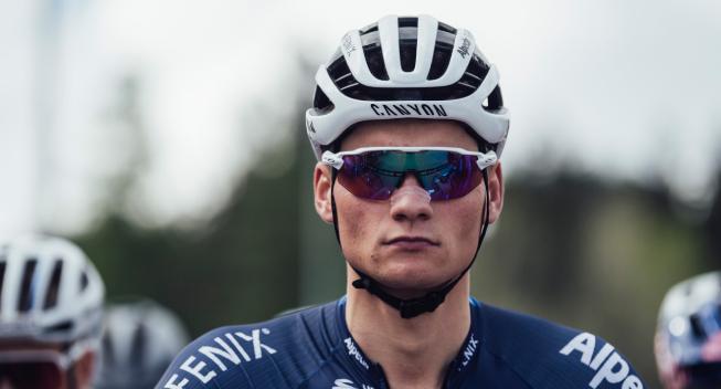 Van der Poel leder Alpecin Fenix i første Tour de France