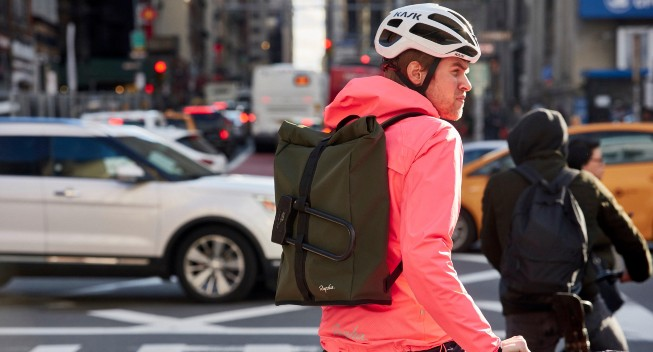 Test: Rapha Roll Top Backpack