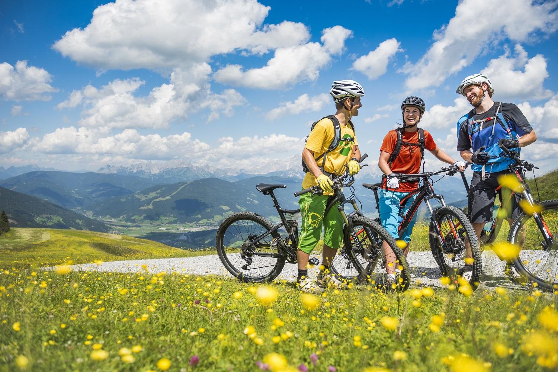 Flachau, Salzburg og Graz - tre feriehit i én pakke