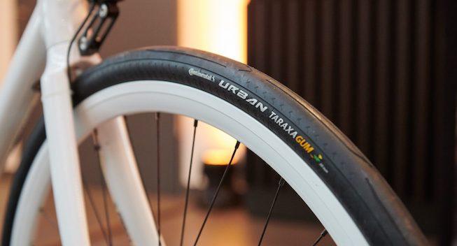 Continental lancerer dæk med gummi fra mælkebøtter