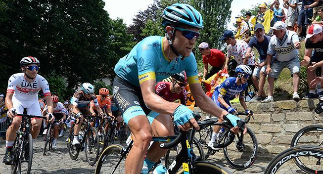 Cort med brud på lillefingeren efter styrt i Tour de France