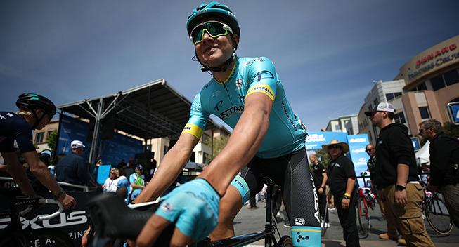 Astana forlænger med colombianer