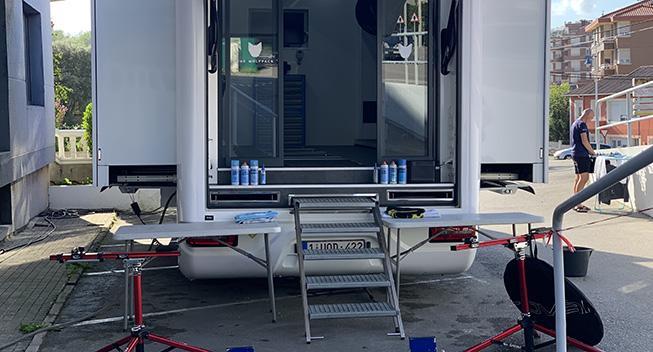 Vuelta-værkstedet: Lukkede ringe og hjulskift med skruemaskine