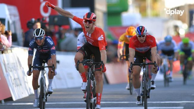 Fremragende dansk leadout giver sejr til Cees Bol...
